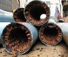 老朽化した水道管の中身.jpg